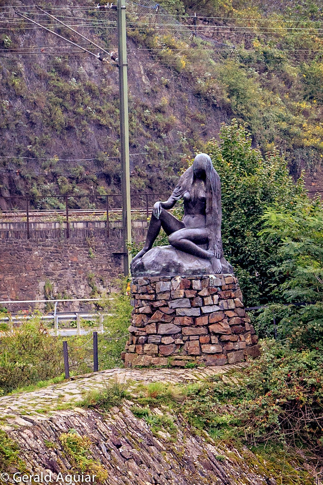 Statue of Lorelei