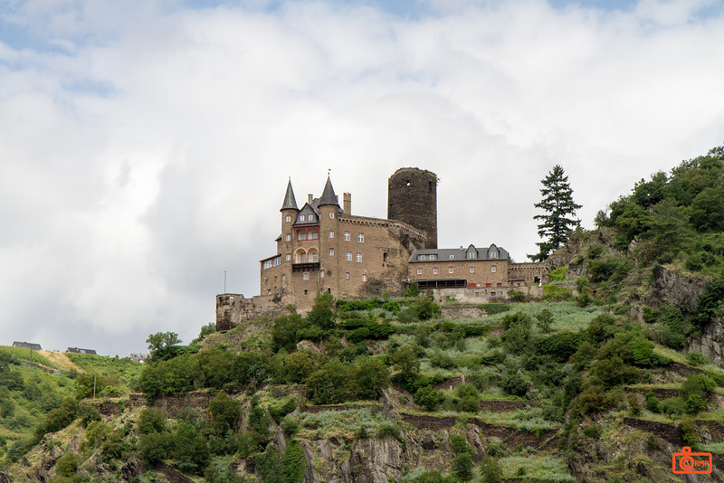 Katz Castle, not far from Maus Castle, is a privately owned castle overlooking the Rhine Gorge.