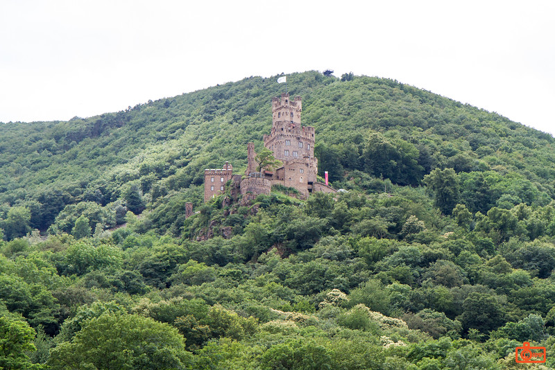Burg Sooneck might date back to 1271.