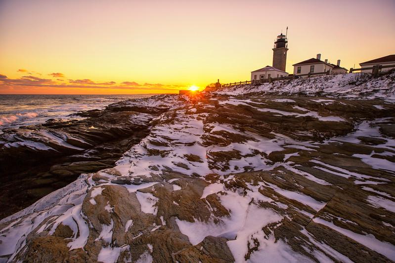 Beavertail Light (winter)