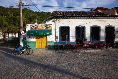 A view of the Vila Historica de Mombucaba, the original fishing village of Mombucaba, part of the municipality of Angra dos Reis, Rio state, Brazil, just off the Rio-Santos highway. The 500 plus kilometer road runs along the Atlantic Ocean, passing through, near and around dozens of beaches, waterfalls, mountains and forest. It is arguably of of Brazil's most beautiful roads. (Australfoto/Douglas Engle)