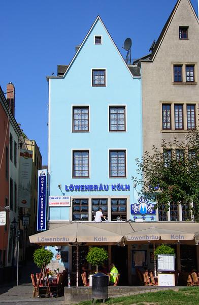 Köln's river street