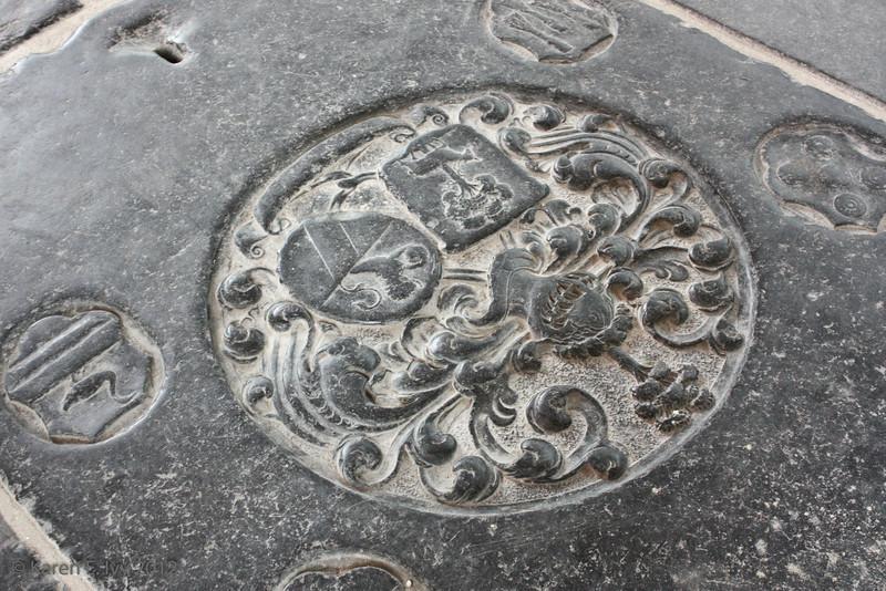 Oude Kirk grave marker in floor