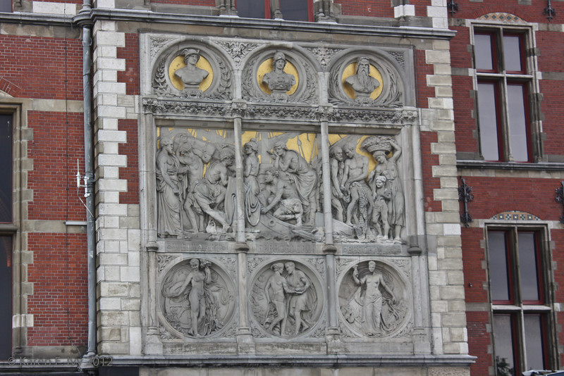 Amsterdam railway station - detail