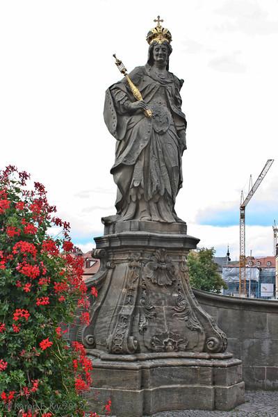 Statue of Queen Cunigunde