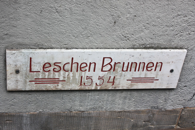 The Leschen Brunnen sign again
