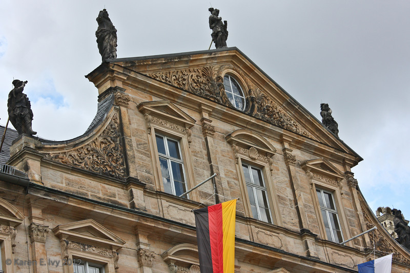 Over the entrance of the Neue Residenz