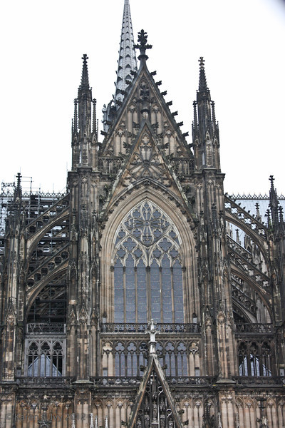 South entrance and spire of the Dom