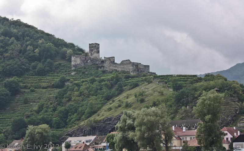 Ruine Hinterhaus near Spitz. 13th century.