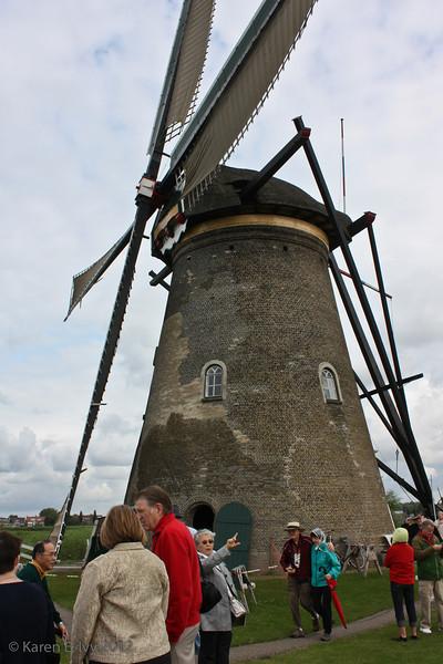 Windmill with sail set, Kinderdijk