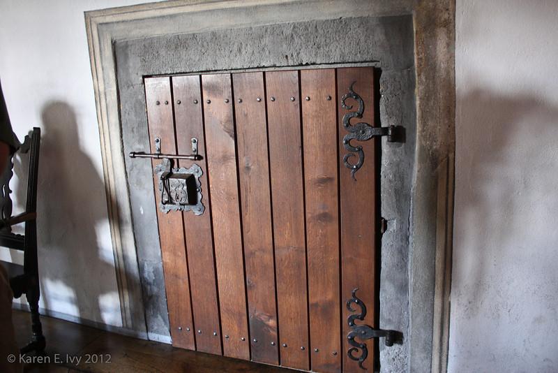 Locked door into Knights' Hall