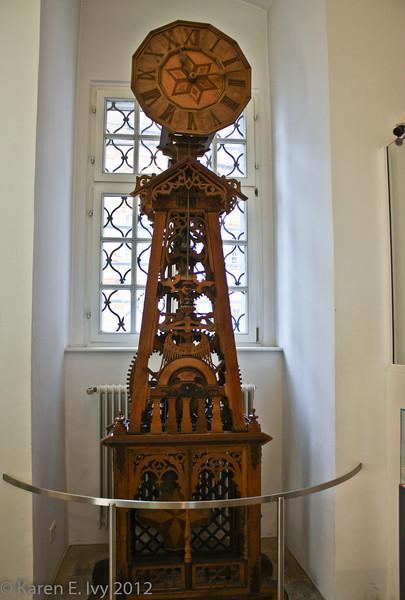 A wooden clock, working