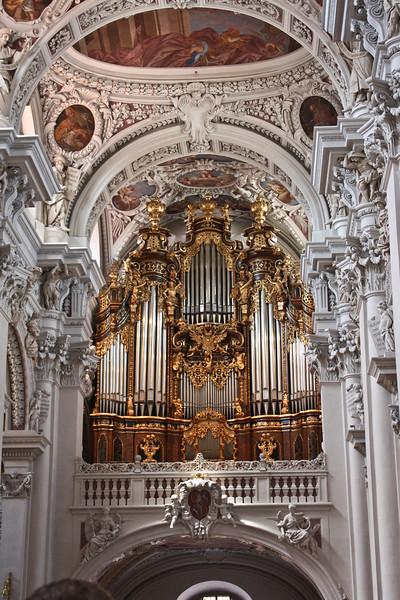 Main organ, Dom St. Stephan