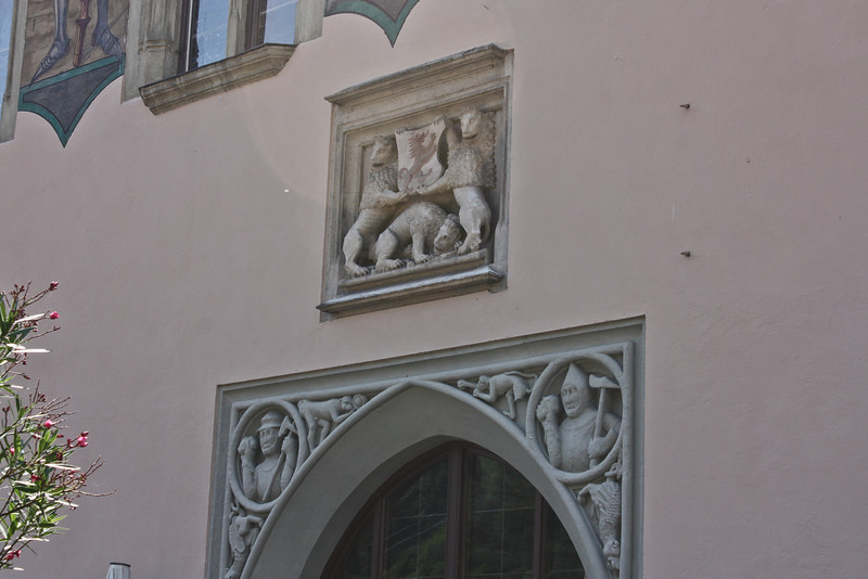 Door ornamentation on the Altes Rathaus