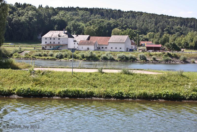 Along the Danube, approaching Bad Abbach