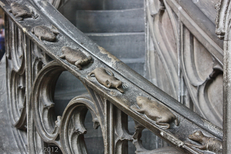 These creatures crawl up (down?) the stair rail to the pulpit