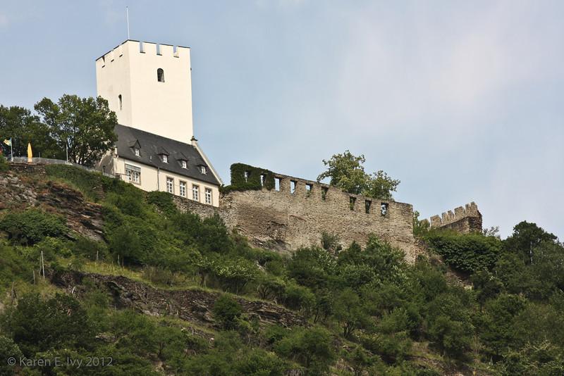Burg Liebenstein with extra wall