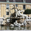 Schönbrunn Palace, fountain in the courtyard