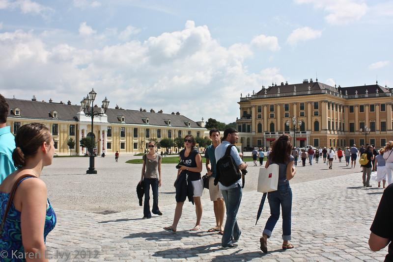 Schönbrunn Palace, courtyard