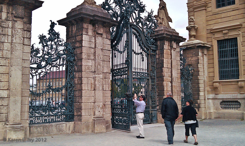 Gates to garden, Prinz-Bishop's Residenz