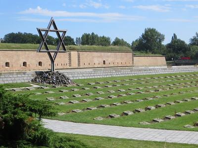 Graves at Terezin
