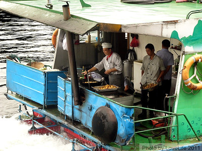 Wok Cooking~ Li River Cruise