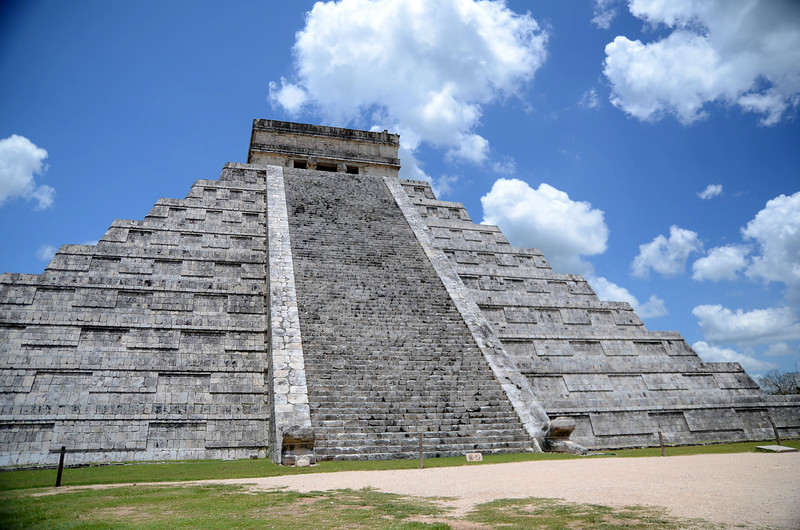 "El Castillo - One of the ""new"" Seven Wonders of the World - Xichen Itza, Yucatan, Mexico"