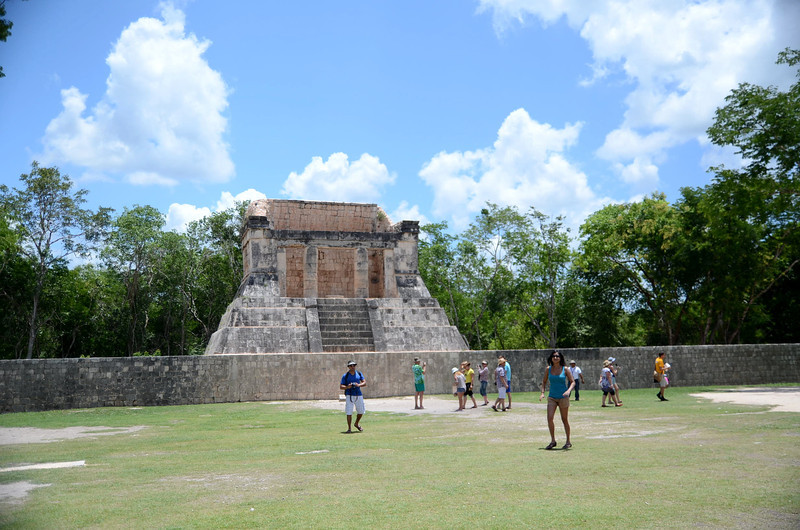 The Great Ball Court of Xichen Itza measures 545 feet long by 225 feet wide overall.  While the floor of the ballcourt has now all but grown over with grass, a few patches remain where we can still see the original tile floor.