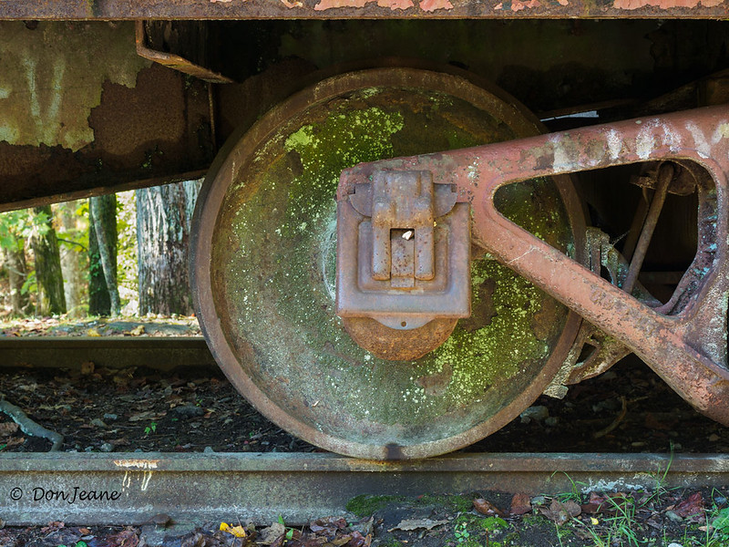 Stumphouse Tunnel - old rail car. 10/24/2017.