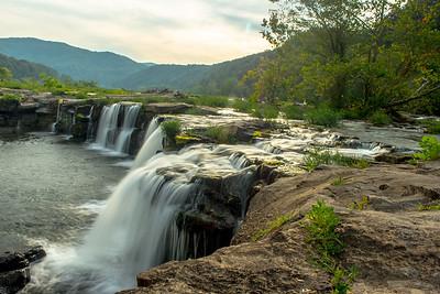Sandstone Falls--9158