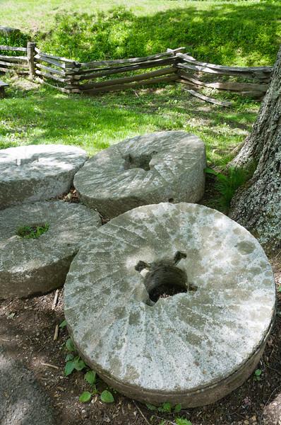 Mill Stones 4291.jpg