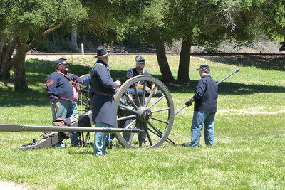 We went on Memorial Day, so they had a civil war re-enactment there. Ready the cannon!