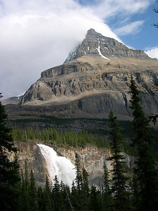 Competition II: Mount Robson and Emperor Falls compete for dominance of the scene.