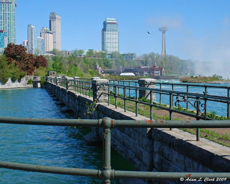 Canada Niagara Power building