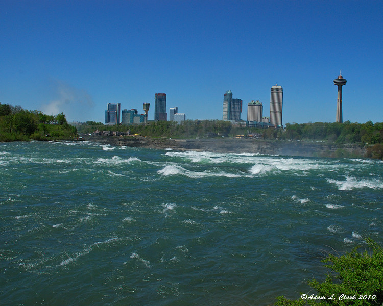 Water just before going over the American Falls