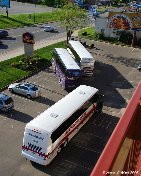 Tour buses in the hotel parking lot