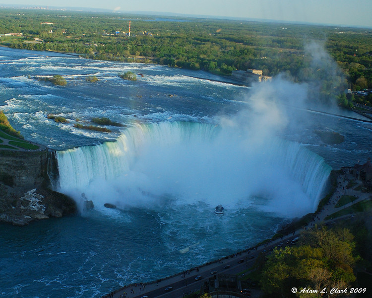 Horseshoe Falls from the elevator on the way up