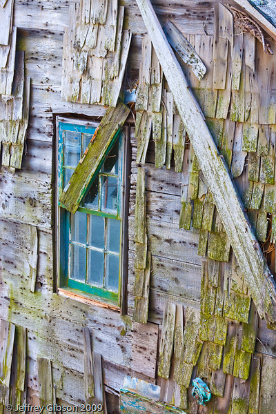 This old fishing shack caught my eye as my wife and I walked the streets in Rockport.