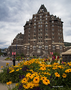 The Banff Hotel was our first stop before arriving at Lake Louise to join the James Kay Workshop. Judi's Grandparents stayed here back in the 50's.