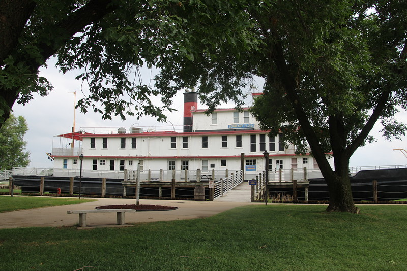 Sgt Floyd Steamboat and Museum