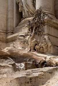 Fountain di Trevi detail