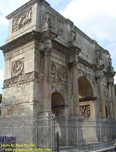 Arch of Constantine (Italian: Arco di Costantino)