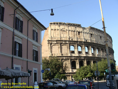 Colosseum and Royal House Hotel on Via San Giovanni in Laterano
