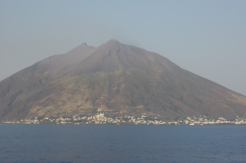 #18  Day 2, 08/30/07.  Stromboli volcano with slight smoke.