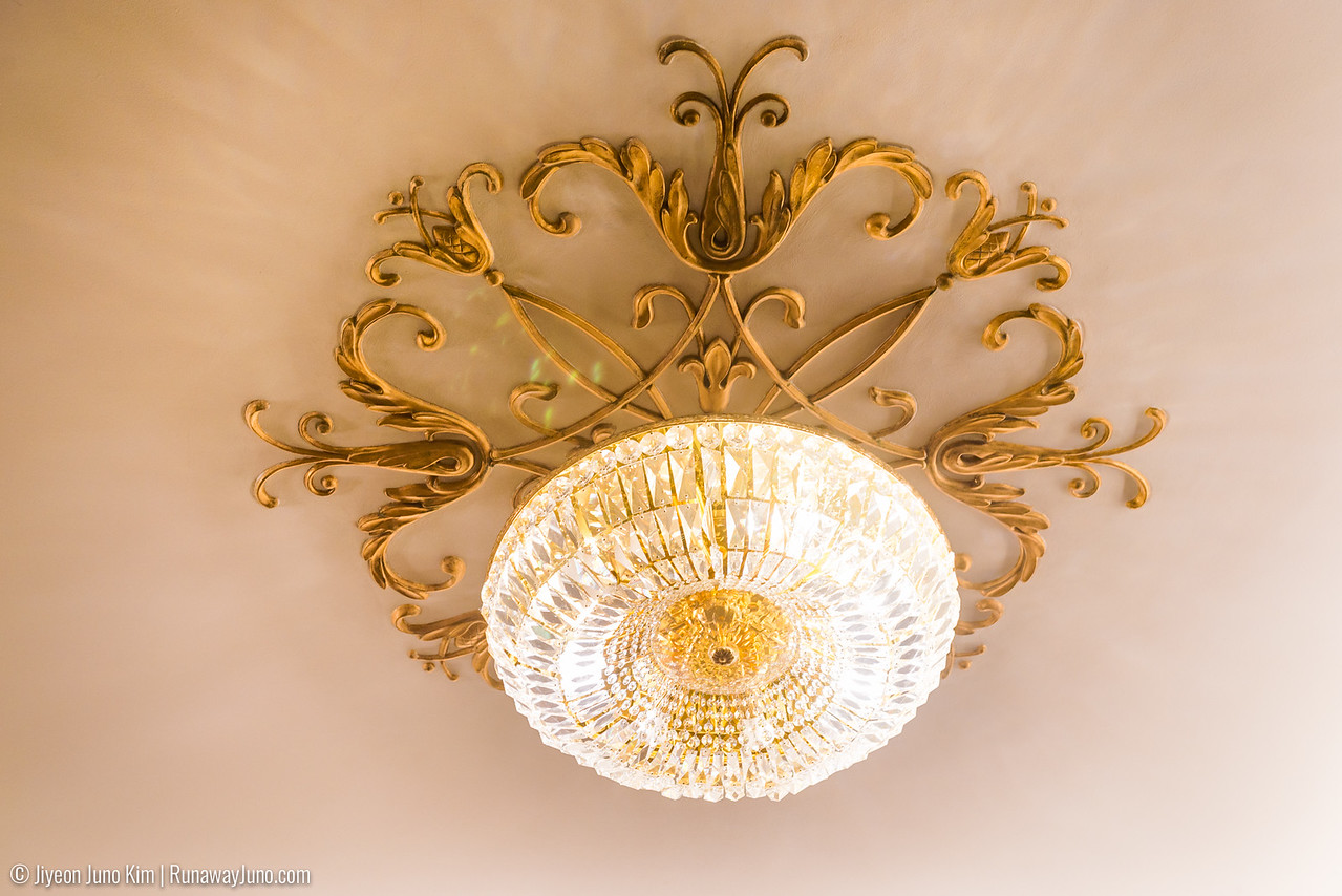 Cinema room – chandeliers