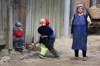 Kids playing, Sibiel