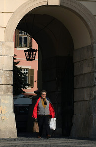 Carrying the bags, Main Square, Sibiu