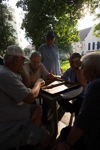 Backgammon in the square