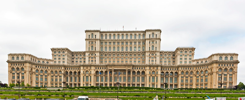 Home of Ceaușescu and  Palace of the Parliament, Bukarets