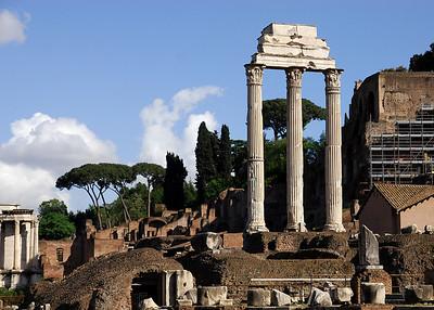 Colosseum, Forum